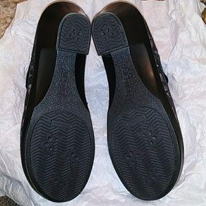 Alegria Shoes - NWOT Alegria boots